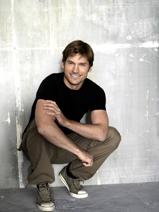 nikolaj-coster-waldau-in-black-round-t-shirt-all-people-photo-u1